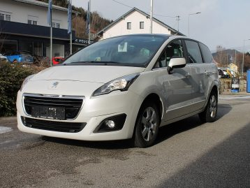 Peugeot 5008 1,6 BlueHDi 120 S&S Business Line bei Autohaus Frieszl in